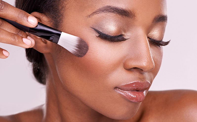 3 Makeup Tips For Oily Skin You Need To Know