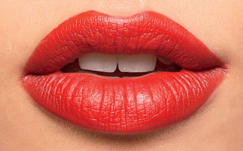Tips and Tricks on How to Apply Lipstick